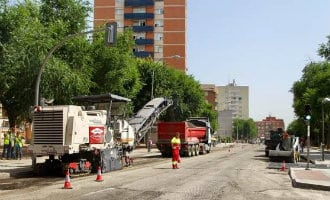 Gemeente Madrid gaat deze zomer 320 straten opnieuw van asfalt voorzien