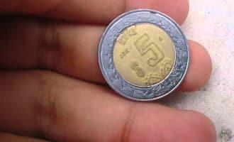 Spaanse politie waarschuwt voor op 2 euro lijkende munten die in omloop zijn
