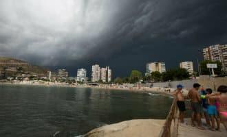 Dagen van regen hagel, onweer en lage temperaturen in Alicante
