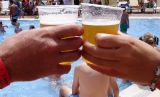 Geen plastic en onbeperkt alcohol meer bij de all-inclusive hotels op de Balearen
