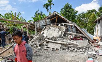 150 Spanjaarden proberen Lombok te ontvluchten