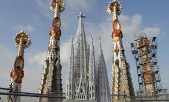 Werkzaamheden laatste toren Sagrada Familia in Barcelona begonnen