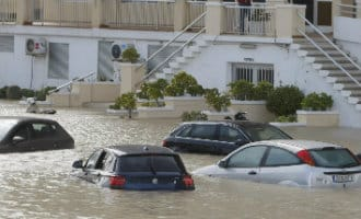 Regenval in Alicante en Valencia zorgt voor problemen