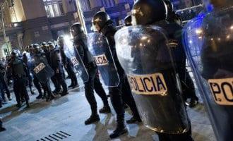 Spaanse regering stuurt meer dan 600 politieagenten naar Catalonië
