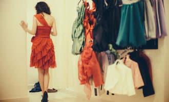 Idee geopperd om tegen betaling kleding te passen in Spanje