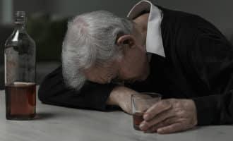 Eenzaamheid grootste reden zelfmoord ouderen Spanje