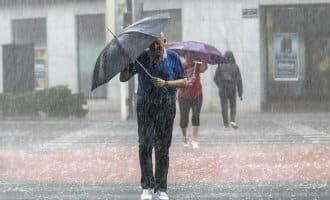 Twee stormen in Spanje zorgen voor veel regen, wind en problemen