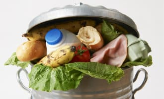 Jaarlijks wordt er meer dan 1,2 miljard kilo voedsel weggegooid in Spanje