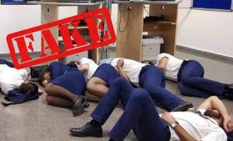 Slapend Ryanair cabinepersoneel op de grond in vliegveld Málaga was een montage