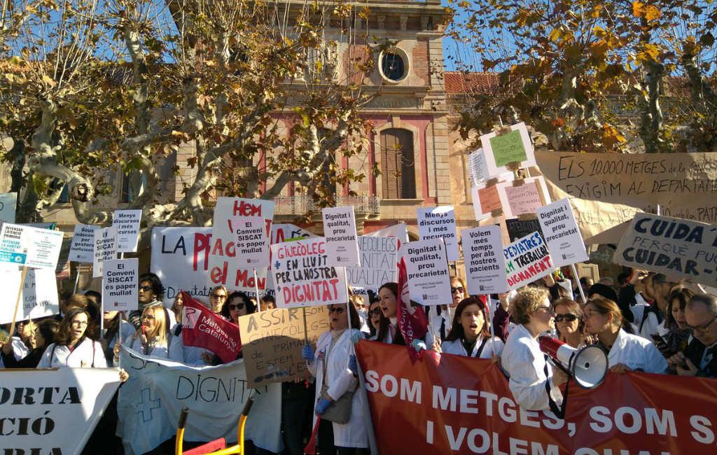 Spanningen lopen op bij derde stakingsdag Catalaans medisch personeel