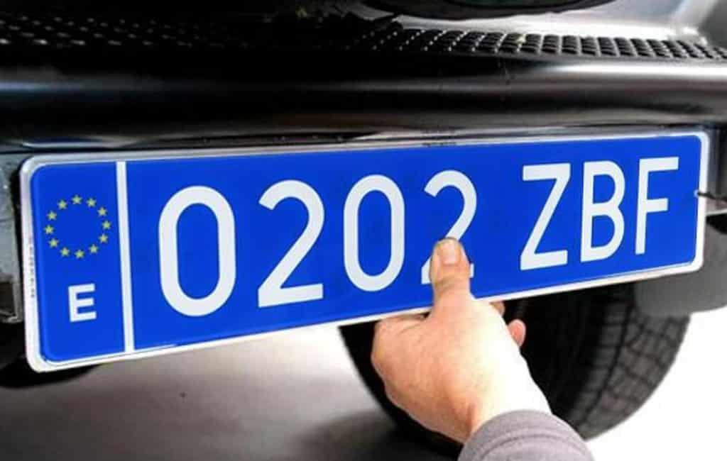 Steeds meer taxi's in Spanje hebben blauwe kentekenplaten