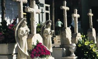 Buitenlandse inwoners van Orihuela Costa willen een eigen begraafplaats