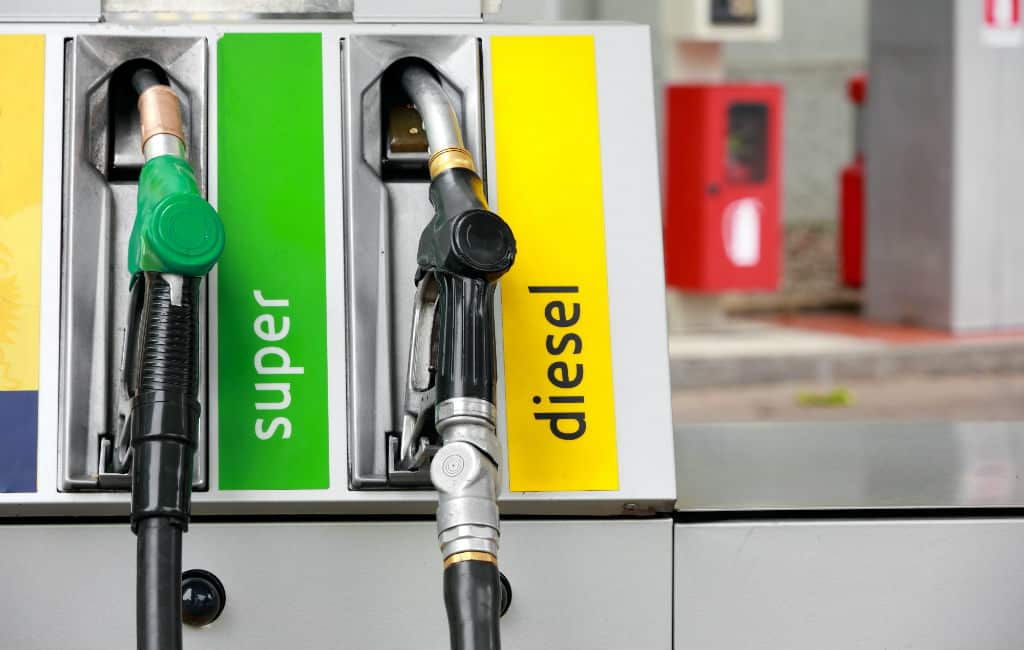 Diesel duurder dan benzine in 13 EU-landen maar (nog) niet in Spanje