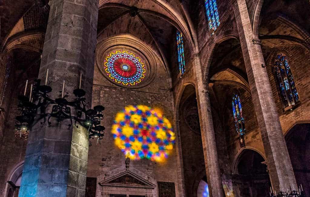 De Fiesta de la Luz in de Kathedraal van Palma op Mallorca