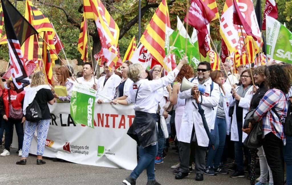 Catalaans gezondheidspersoneel opgeroepen om te staken deze week