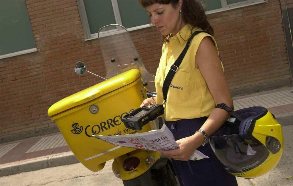21 maanden celstraf voor postbode die brieven in het vuilnis gooide in Sevilla
