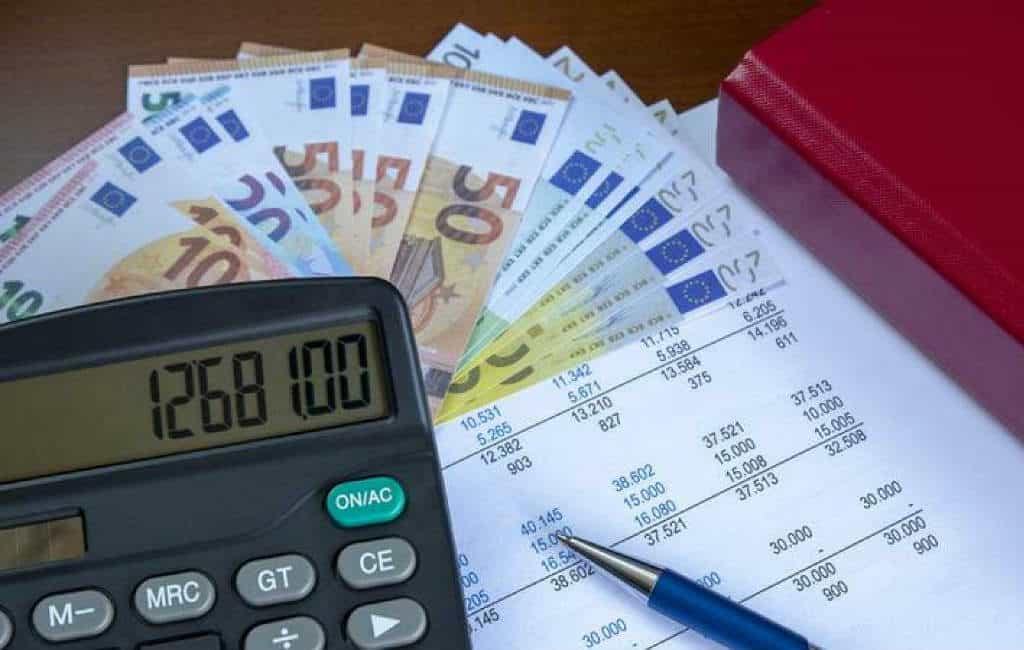 Meer dan de helft van de Spanjaarden meent dat ze teveel belastingen betalen