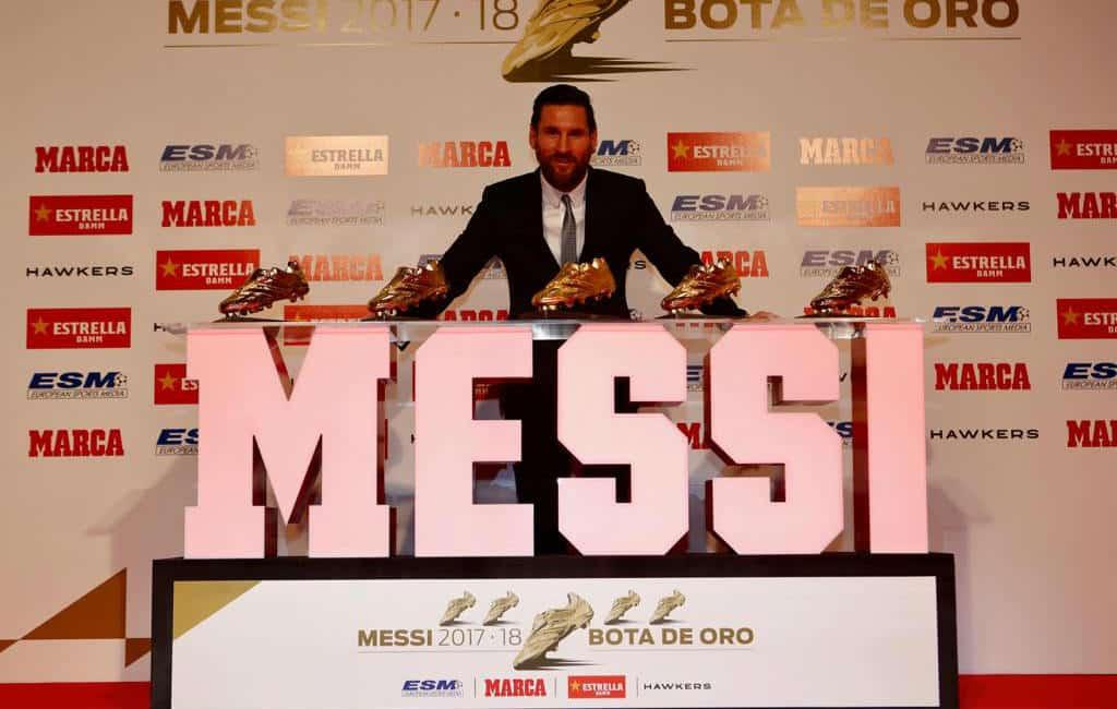 Lionel Messi heeft alweer zijn vijfde Gouden Schoen ontvangen
