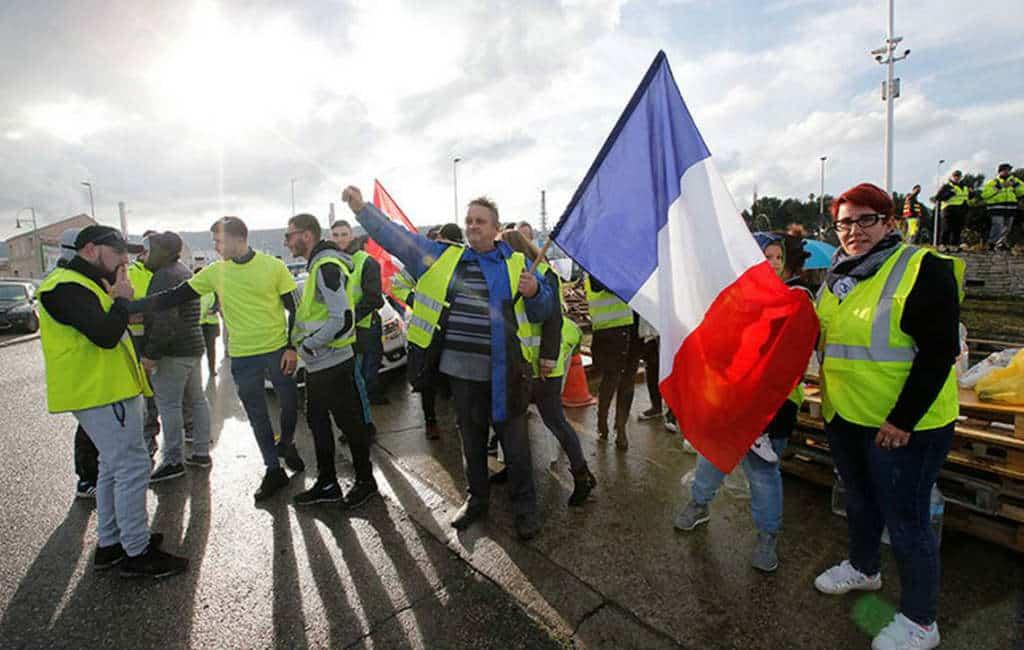 """Franse """"Gele Hesjes"""" blokkeren grensovergang Spanje"""