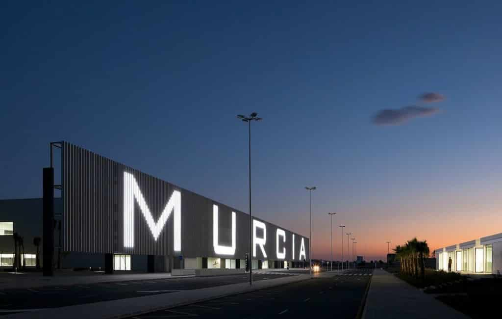Koning aanwezig bij opening nieuwe vliegveld Murcia
