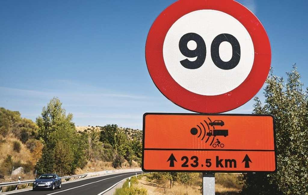 Verkeersborden van 100 naar 90 km/uur in Spanje