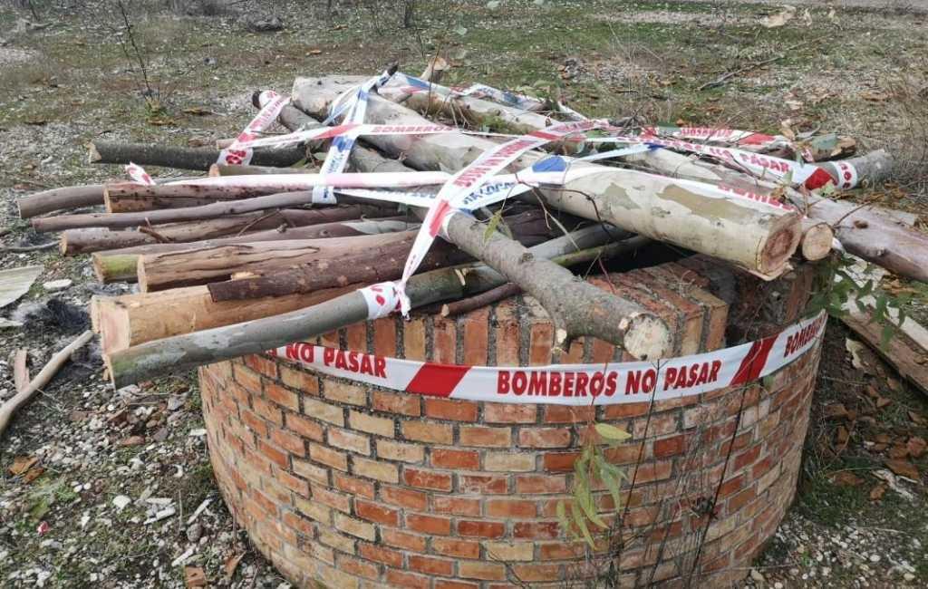 Vrijwilligers zoeken naar illegale waterputten in Andalusië