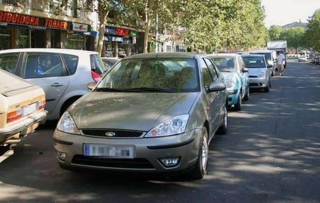 Levert dubbel parkeren een boete op in Spanje