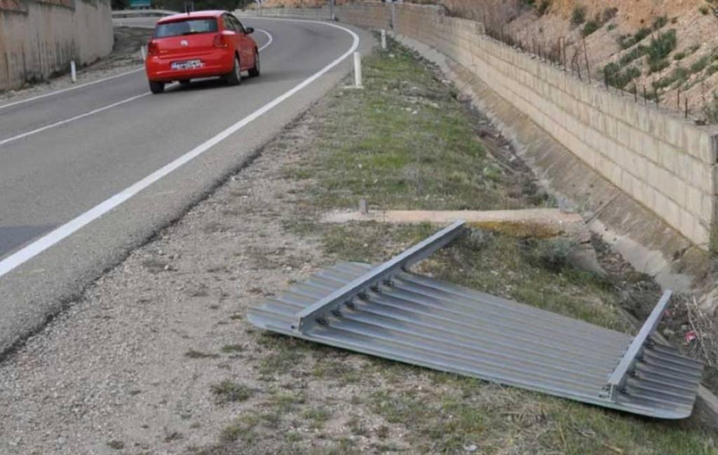 Bewegwijzering op grens Aragón met Catalonië vernield