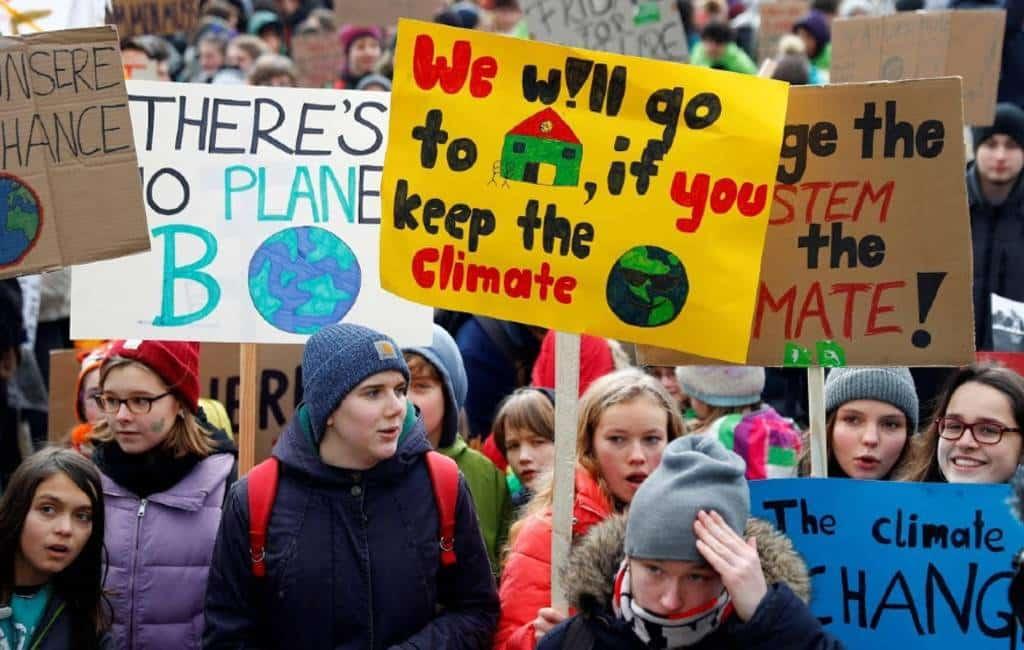 Spaanse jongeren demonstreren tegen klimaatverandering