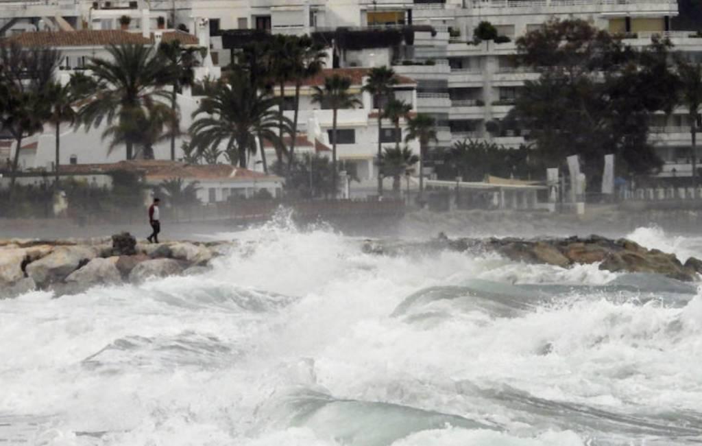 Slecht weer zorgt voor schade aan stranden provincie Málaga (foto's)