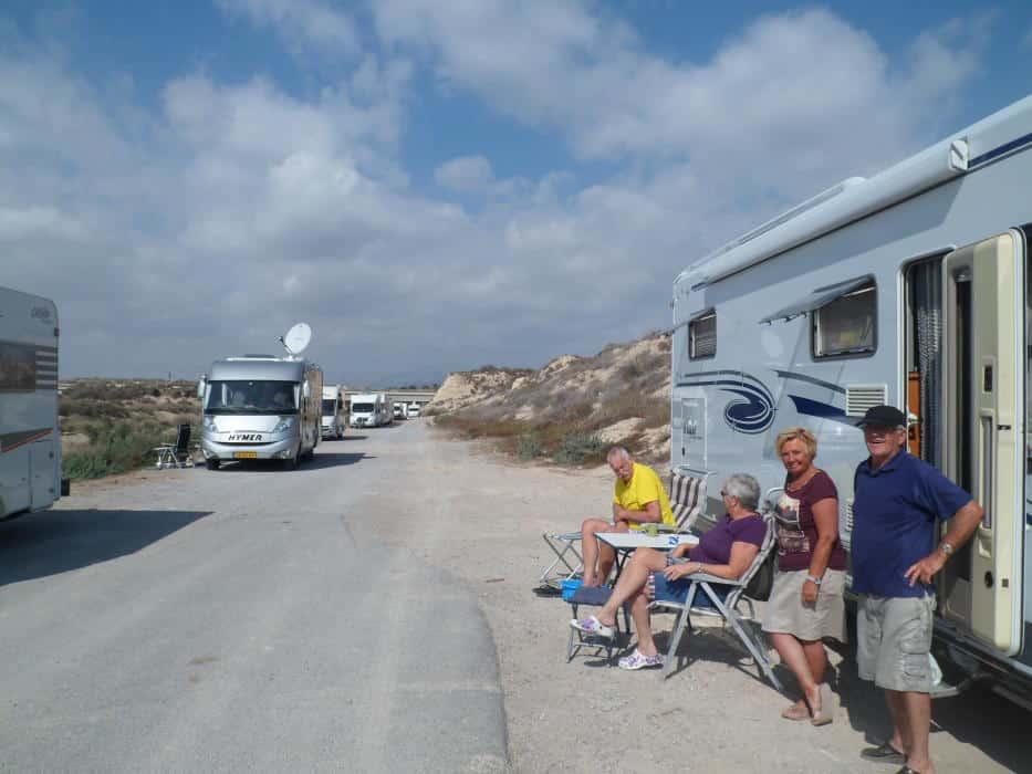 Torrevieja wil parkeren campers beperken om kamperen te voorkomen
