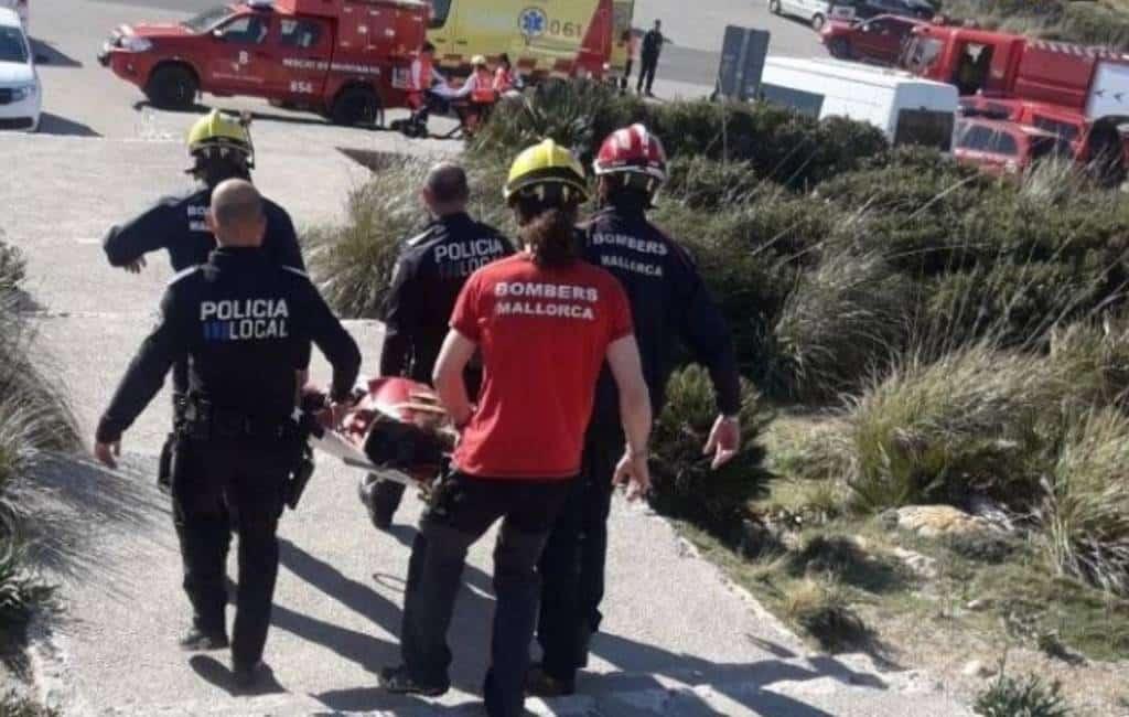 Duitse man valt al fotograferend 10 meter naar beneden op Mallorca