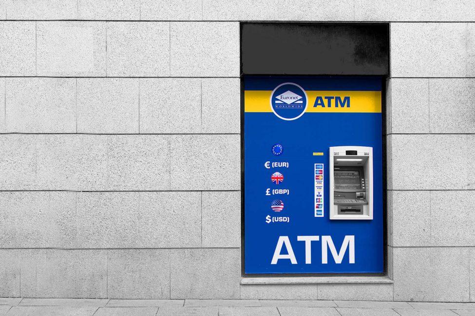 Let op bij pinnen bij een ATM pinautomaat in Spanje