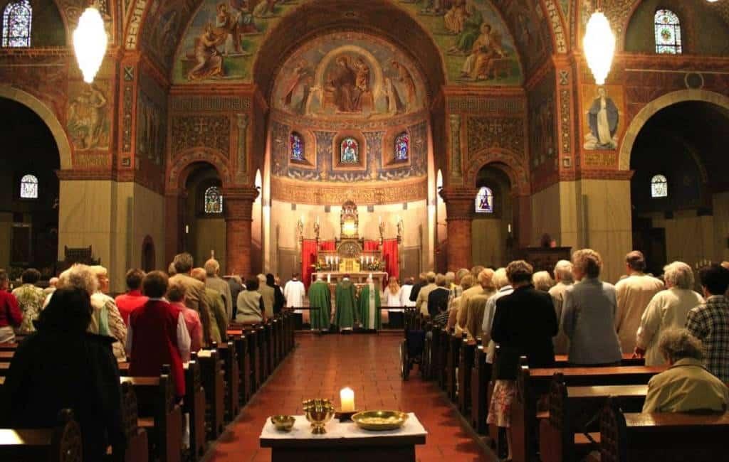 Aantal praktiserende gelovigen gedaald in Spanje