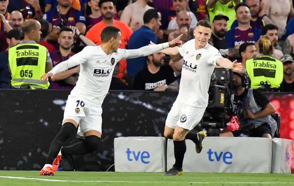 Valencia wint Copa del Rey van FC Barcelona met 2-1