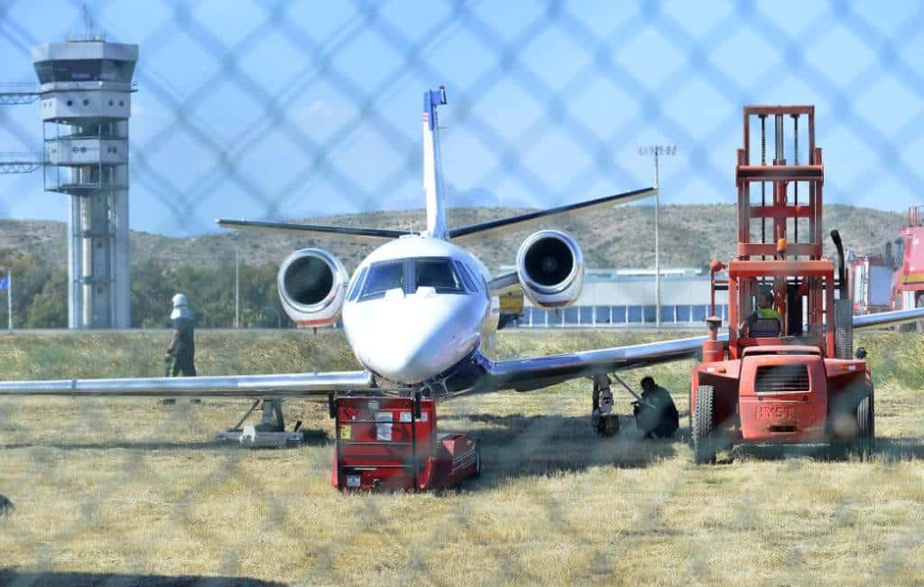 Privéjet zorgt voor problemen met vliegtuigen Alicante vliegveld