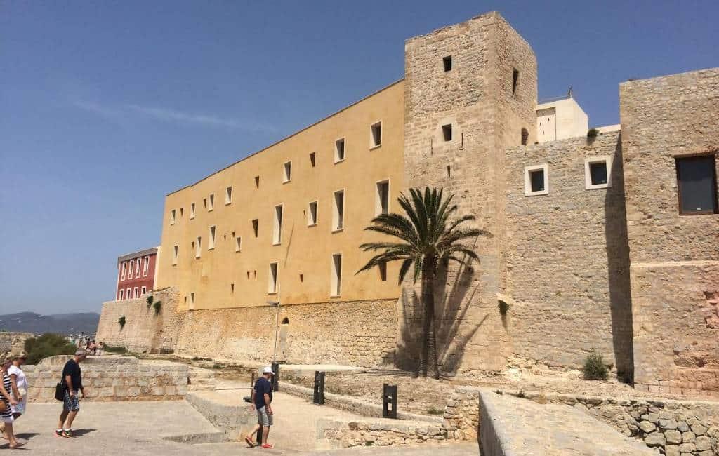 21 miljoen euro en 3 jaar bouwen aan Parador op Ibiza