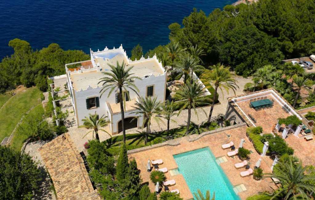 Opnames Netflix serie in huis Michael Douglas op Mallorca