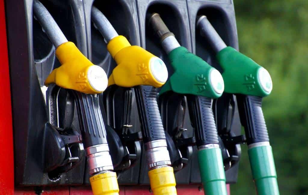 Benzine heeft de hoogste prijs sinds 2014 bereikt in Spanje
