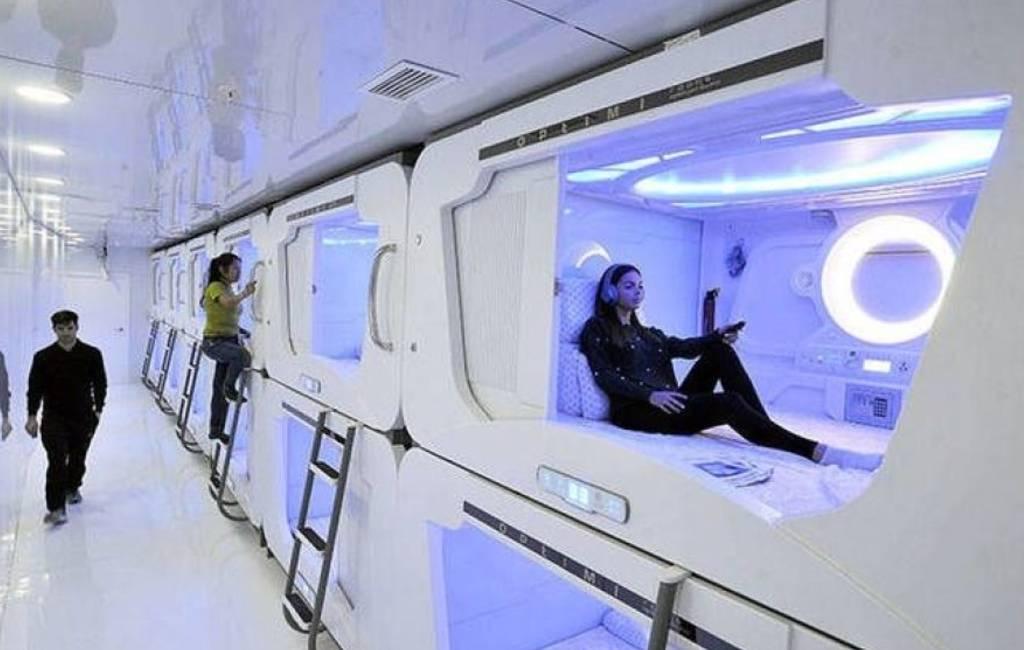 Eerste capsulehotel van Spanje geopend in Bilbao