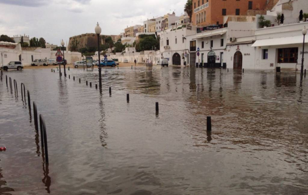 Zee stijgt 80 cm bij Menorca vanwege mini-tsunami