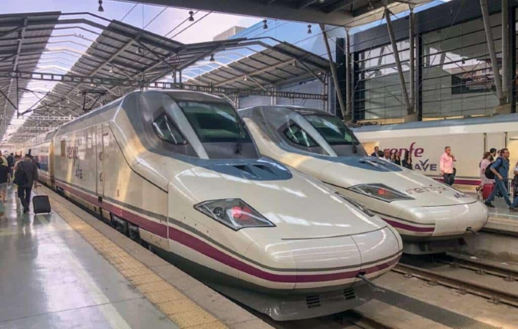 Na een vertraging van 20 jaar eindelijk met de hogesnelheidstrein naar Granada