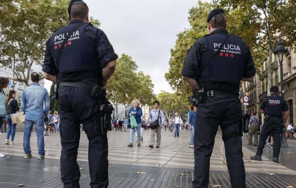Man met geweer zorgt voor paniek op Ramblas in Barcelona