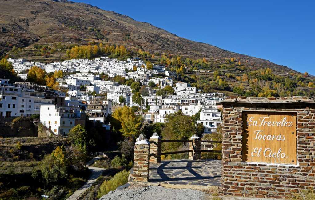 Bezoek Polopos, Alpujarras en de Lecrín vallei met onze autoroute