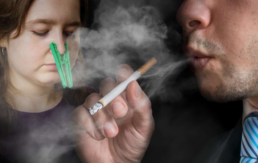Verboden te roken op terrassen en in bushokjes Catalonië