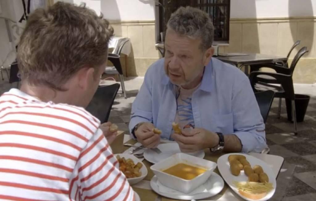 Tv-kok/presentator over fraude met toeristen eten in Spanje