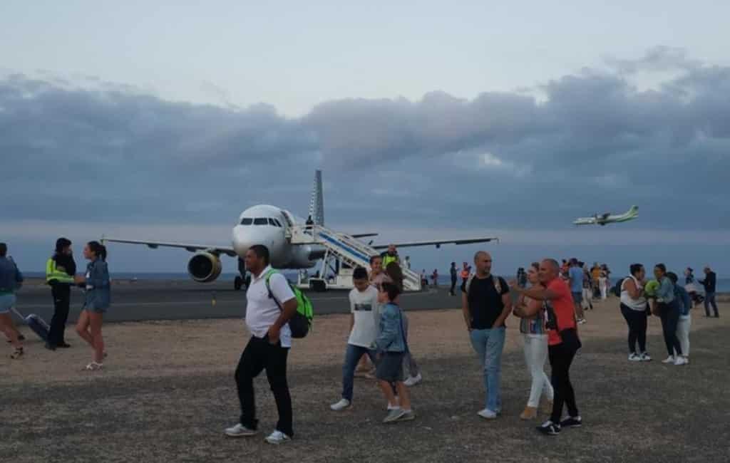 Jongen zorgt voor evacuatie vliegtuig na valse bommelding Fuerteventura