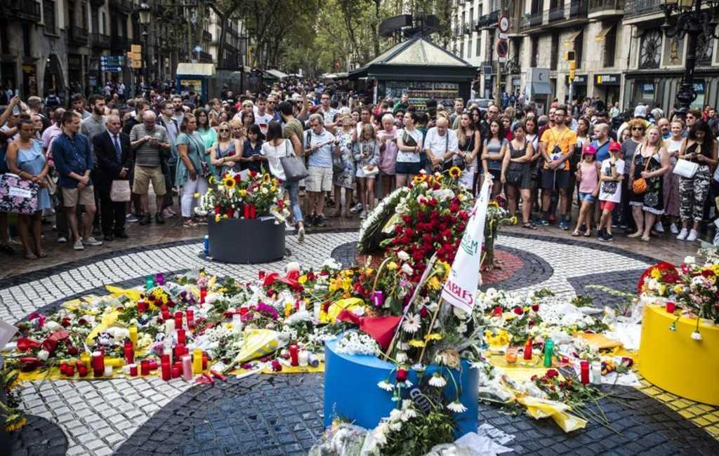 Sobere herdenking terroristische aanslagen Barcelona en Cambrils