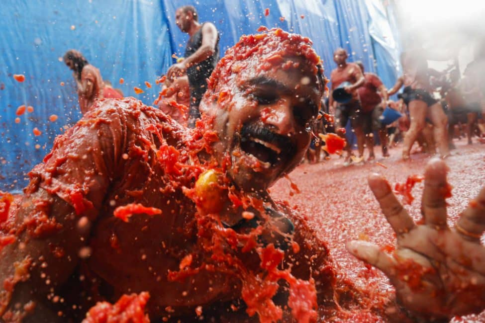 Het tomaten-gooi-feest 'La Tomatina' in Buñol