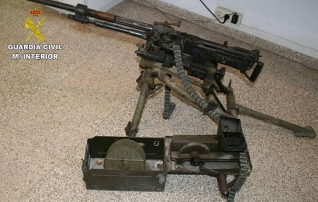 Politie houdt Nederlanders met oorlogswapens aan in Gerona